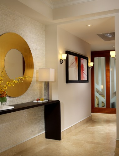 modern style hallway1 380x500 Make an Entrance   Big Ideas for a Small Space
