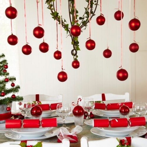 Tesco Value 12 pc Dinner Set 4.97. Value Wineglasses 98p for 4. Value Crackers 97p for 10 500x500 Creative Christmas Table Settings