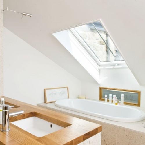 Small but beautiful bathrooms emerald interior design for Small but beautiful bathrooms