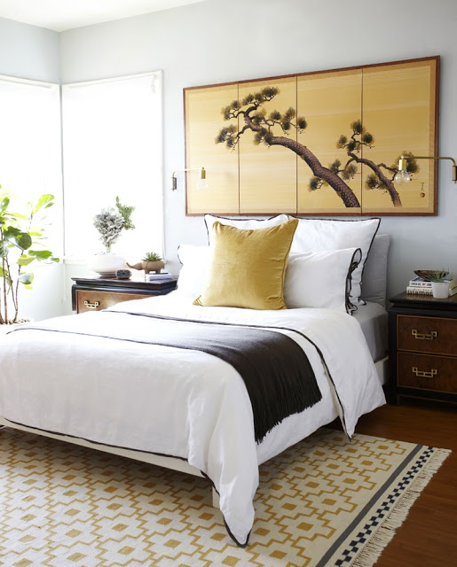 chinoiserie+bedroom+white+bed+gold+japanese+panel+wall+art+nightstands+brass+pulls+makeover+style+by+emily+cococozy How to Decorate a Black and White Bedroom