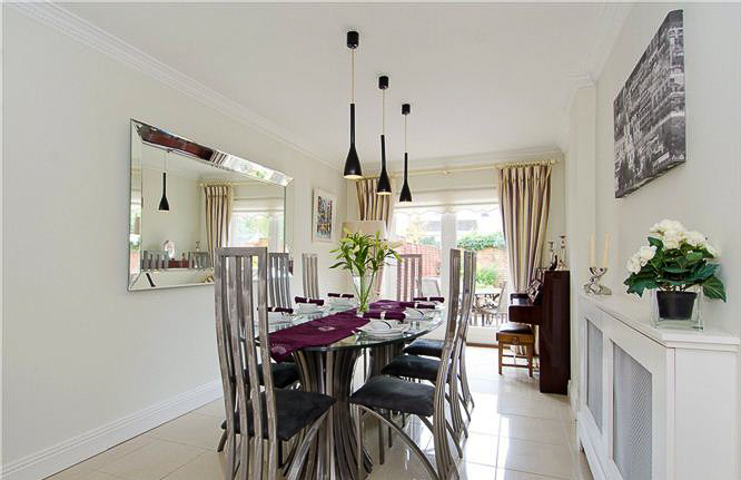 dining room by emerald interior design