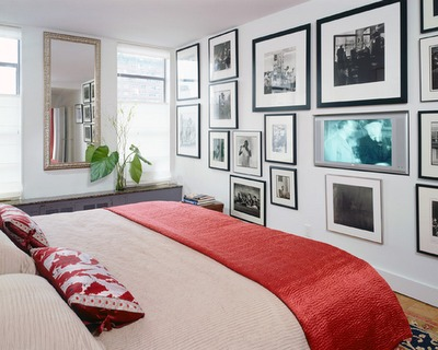 bedroom_wall-art-grouping_red-white_Delson-or-Sherman-Architects_desire-to-inspire-nov13-081_large_jpg
