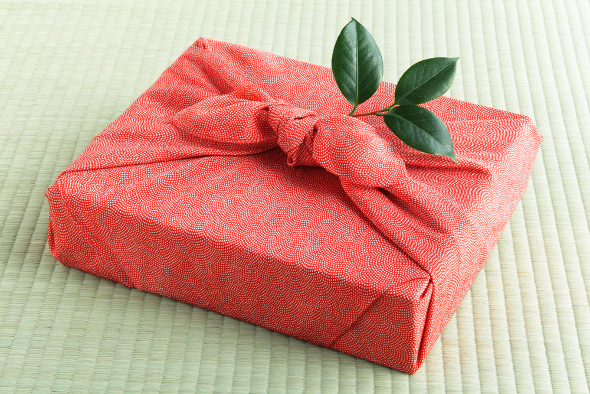 Creative Ways To Wrap Your Christmas Gifts – Emerald Interiors Blog